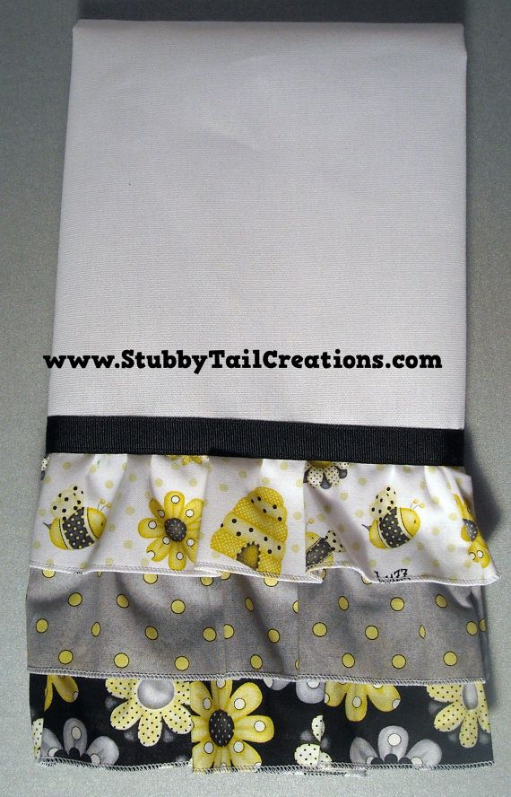 Bumble Bee Kitchen TowelsSet Of 2LINT FREE By StubbyTailCreations 1295