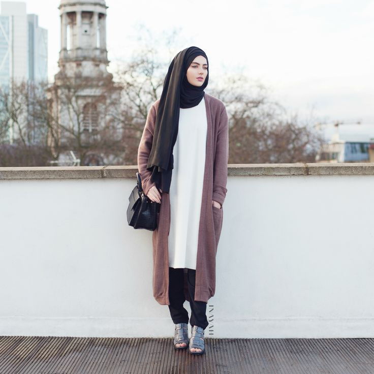 I'm craving for that long cardigan!