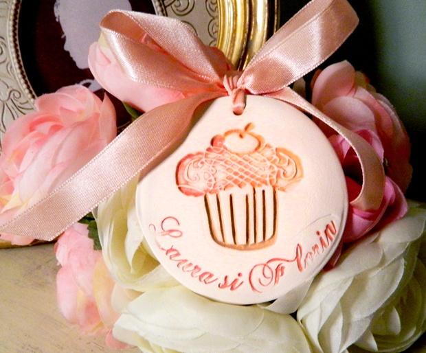 marturie Sweet Cupcake de myweddingstory pe Breslo