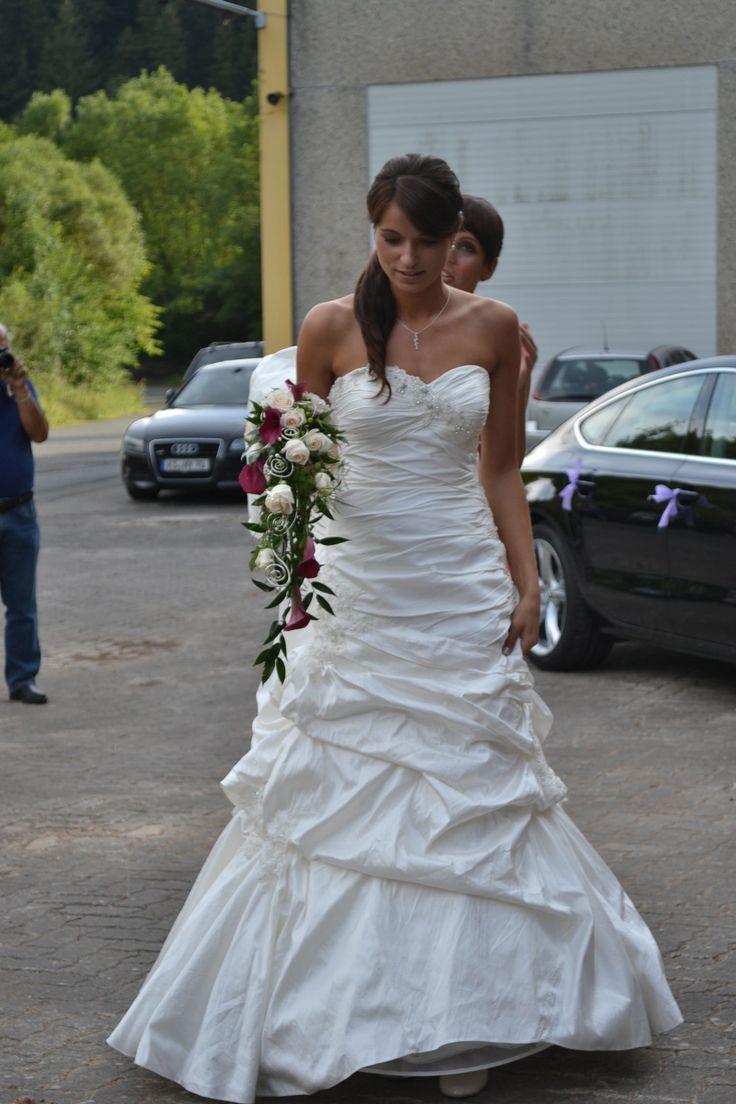 17 best Brautkleid images on Pinterest | Brautkleider ...