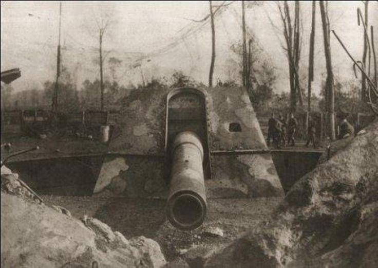 De vzw's Lange Max en De Spaenhiers werken aan een gloednieuw belevingsmuseum rond de Lange Max, tijdens de Eerste Wereldoorlog het grootste kanon ter were...