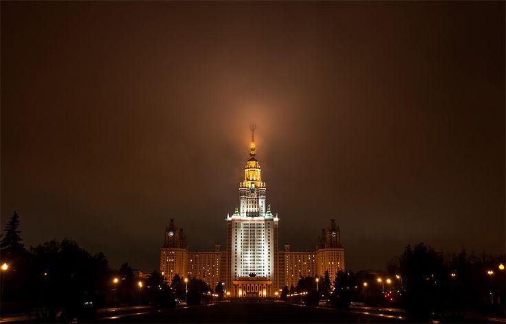 University named after Lomonosov by Evgeniy Nesvetaev on 500px