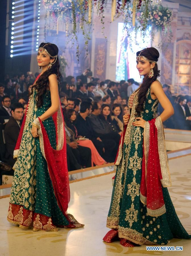 Pantene Bridal Couture Week 2013 Lahore- DAY 2. Mawra & Urwa Hocane