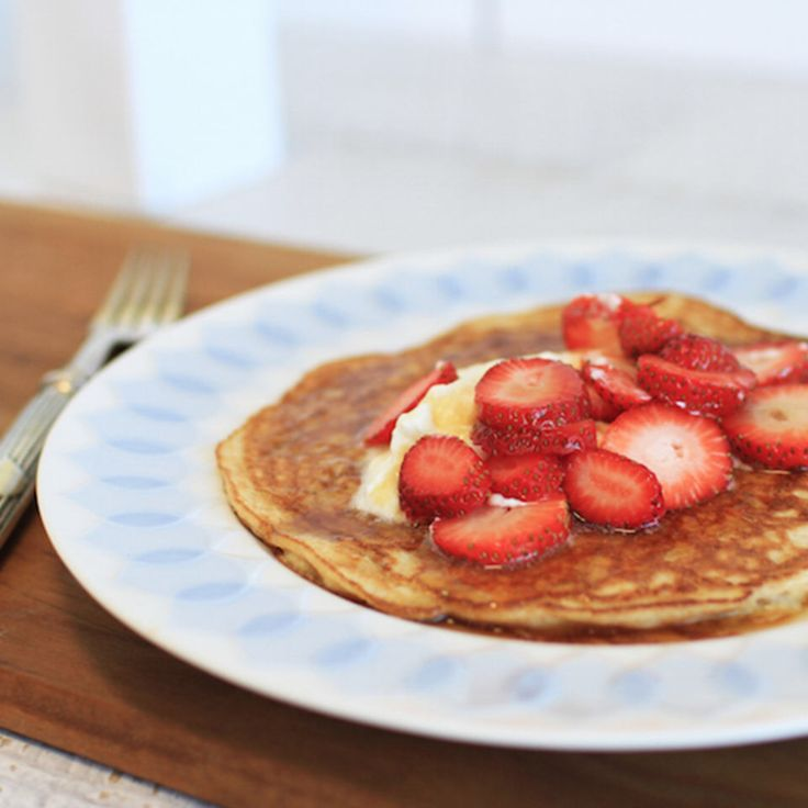 Check this out: These Pancakes Have Only Two Ingredients (And Flour Is Not One). https://re.dwnld.me/bdj9d-these-pancakes-have-only-two-ingredients-and-flour-is-not