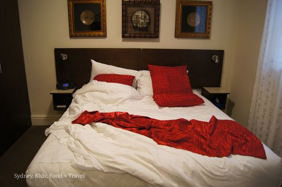 Cremorne Point Manor  messy bed
