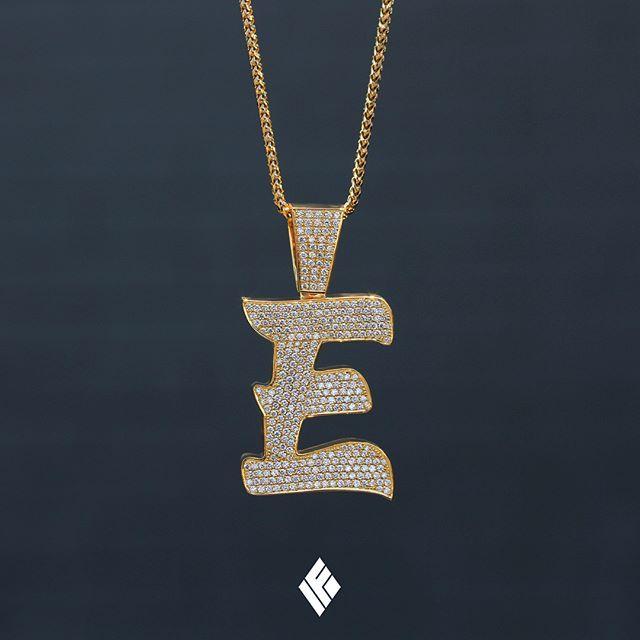 custom solid gold pendants