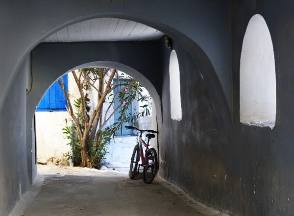 Arches with bicycle