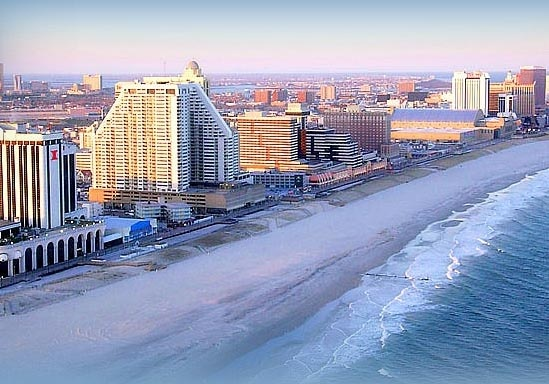 Best of Atlantic City for the ultimate group getaway - hotels, restaurants, nightlife, golf courses, spas and activities (LastBash.com)
