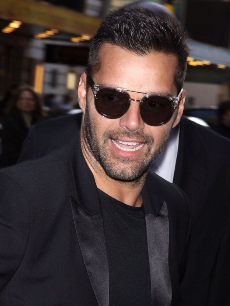 images of ricky martin with sunglasses | Ricky Martin-Sexier than ever! I think the scruff is great.