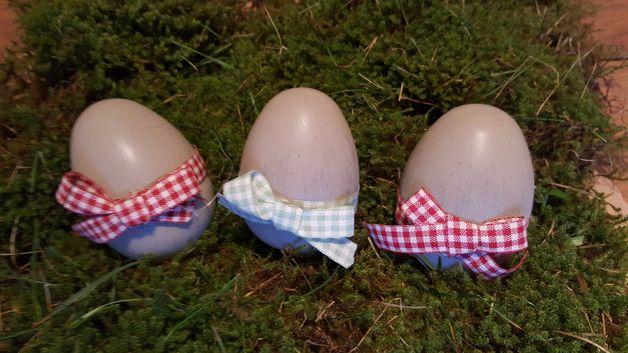 Silikonform EI - OSTEREI 5er SET  Die fertigen Eier sind 7 cm hoch und haben einen Durchmesser von ca. 4,5 cm   Da es sich um eine 2-teilige Form handelt habe ich die beiden Teile einfach...