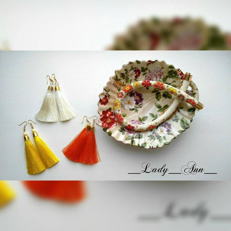 We on Facebook: http://ift.tt/2jRHDjd Beautiful Beaded Jewelry #underbeads by @underbeads Check our #AmazingPhoto WEBSTA:  ВСЕ В НАЛИЧИИ #жгутизбисера выполнен из японского бисера Тохо. Серебро гальванизированное. #серьгикисточки вискоза гамма #жгутизбисеракрючком #бисерныеукрашения #бисерныйжгут #серьгикакубузовой #аксессуары #украшение #украшенияизбисера #украшенияручнойработы #кольеизбисера #колье #handmadejewelry #beadcrochet #acsessories
