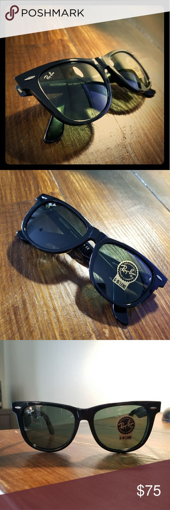 Ray Ban WAYFARER with G-15 lens Unisex Bridge Size: 18mm Eye Size:  54mm  Temple Length:  150mm  Case and Cloth included Ray-Ban Accessories Sunglasses