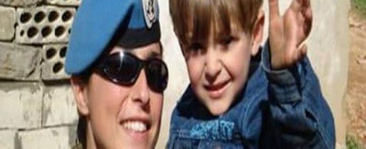 Roccadaspide: Addio a Stefania, la soldatessa che giocava a nascondino con i bimbi nelle missioni di pace