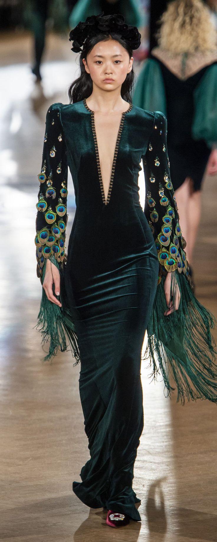 Yanina Couture Automne-hiver 2018-2019 – Haute couture