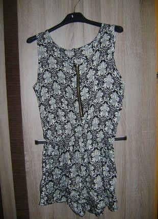 Kup mój przedmiot na #vintedpl http://www.vinted.pl/damska-odziez/topy-koszulki-i-t-shirty-inne/11764146-kombinezon-na-lato-bardzo-ladny-38