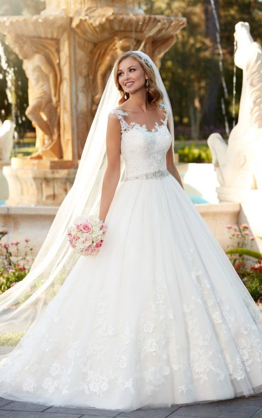 6268 Lace and Tulle Ball Gown Wedding Dress by Essense of Australia