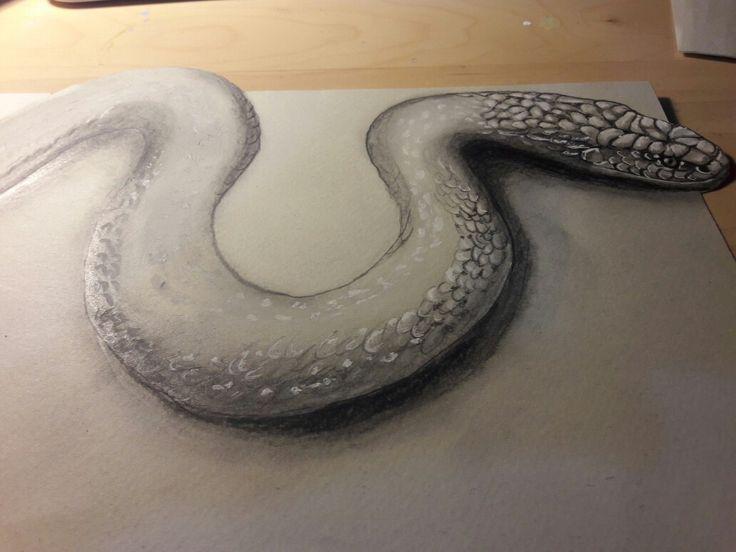Serpente realistico