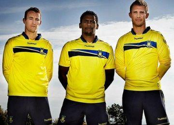 Brøndby IF 2013/15 hummel Home Kit