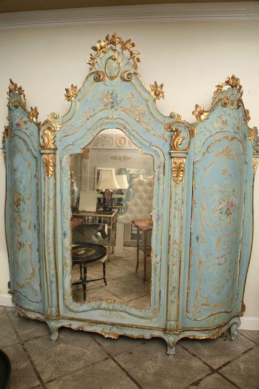 19th Century Venetian Painted Armoire image 3 - Rococo-esque