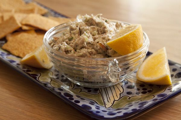 Florida Keys fish recipe: Smoked Fish Dip  Ingredients • ½ pound smoked fish, skin removed  (mackerel, trout, bluefish,     kingfish, amberjack) • 1 teaspoon bottled horseradish •  2 tablespoons sour cream •  4 ounces cream cheese •  1 tablespoon minced roasted red pepper •  ¼ teaspoon hoisin sauce  (found in the Asian section) •  1 teaspoon fresh lemon juice •  Salt •  Freshly milled black pepper • 1 tablespoon hotsauce • 2 tsp finely chopped garlic • 1 tbsp chives Salt and pepper to taste…