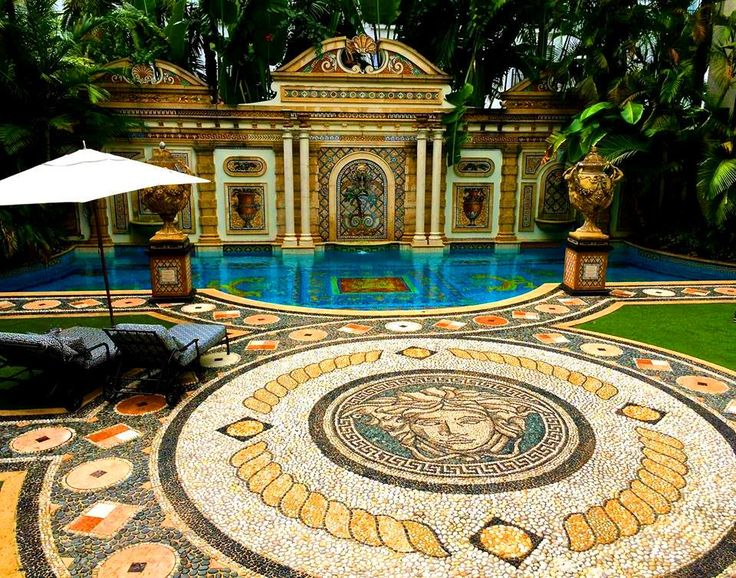 Gianni Versace Villa: The 24k gold inlaid pool with mysterious dial mosaic (Photo Credit: Jim Dobson)