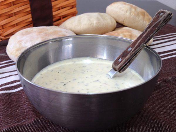 Salsa de yogur casera