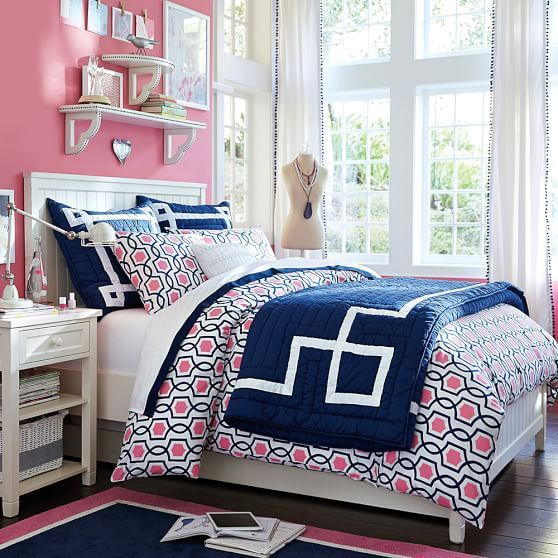 Great Colorful Girlu0027s Room Idea From PB Teen Pink And Navy.. Love Those  Shelves
