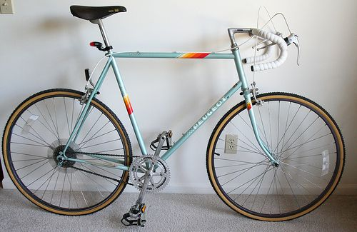 1987 Peugeot P8 Avoriaz Road Bike. I recently picked one up but I think mine is a 1970's model. Love this bike.