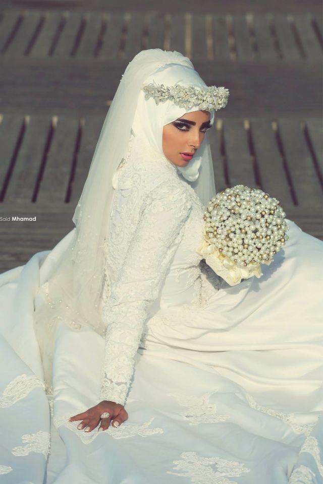 Beautiful Hijab styles for wedding. #Hijab #bride
