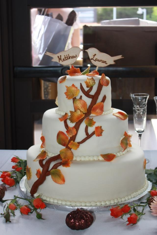 wedding cake autumn leaves 16 best leaf wedding cakes images on cake 21764