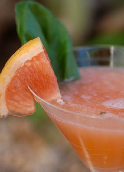 The Pink Greyhound, Scrumpdillyicious... pink grapefruit vodka and ...