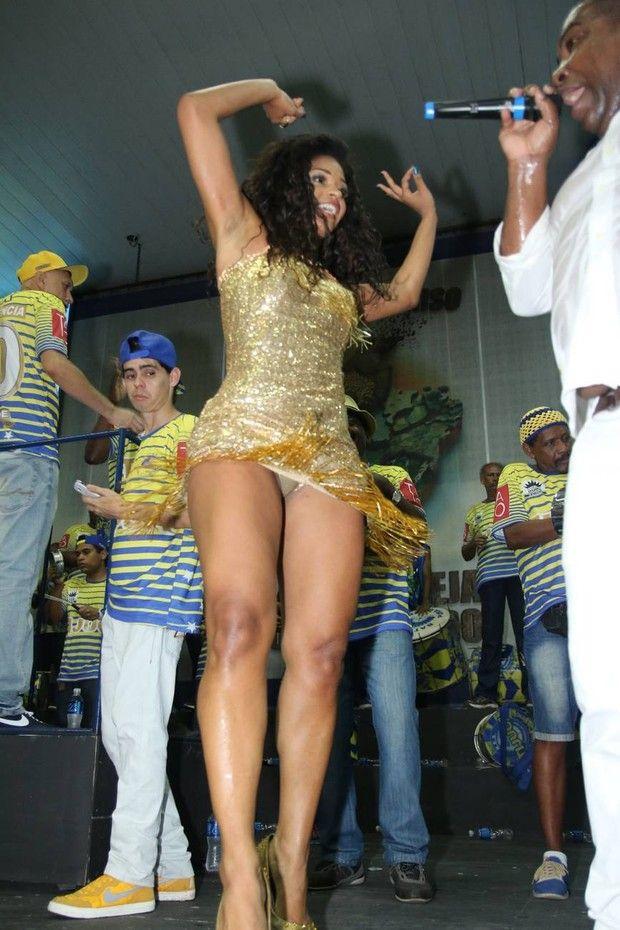 Anitta gostosa no esquenta dancando bumbum granada - 1 9