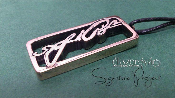 Aláírás bronz kulcstartó.  Signature keyring. Bronze. www.ekszergyar.hu/signatureproject/