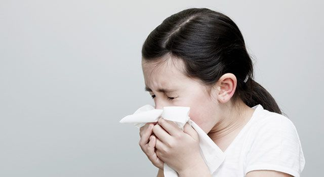 #howtostoparunnynose How To Stop A Runny Nose Fast – Treatment