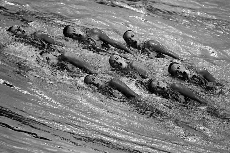 L'équipe d'Ukraine pendant la finale de natation synchronisée (programme libre), le 31 juillet 2015 (AFP / Roman Kruchinin)
