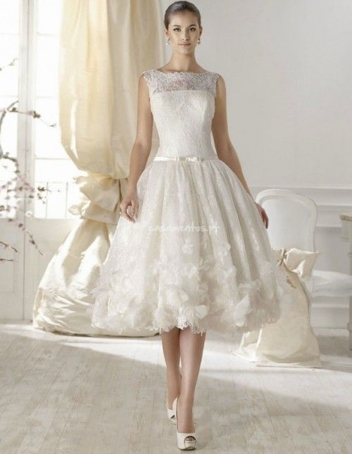 Vestidos de noiva de tamanho midi