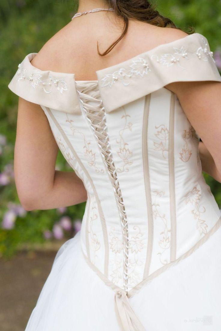 66 besten Hochzeitskleider Bilder auf Pinterest | Eheringe ...