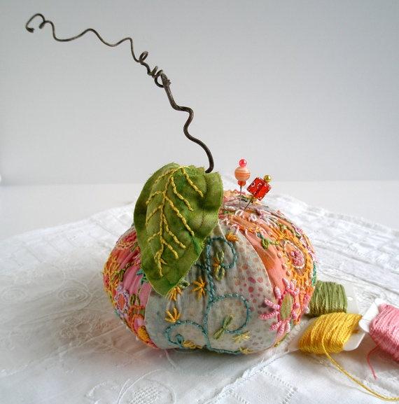 Pincushion Apple