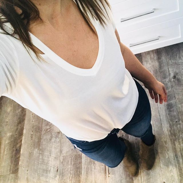 Basic Thursday! White tee, blue jeans and neutral booties. #ootd#ootdfashion#boots  #express#white#jeans#momstyle #instablogger#fashion#jeansandtshirt