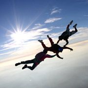 I want to skydive. SO BAD!