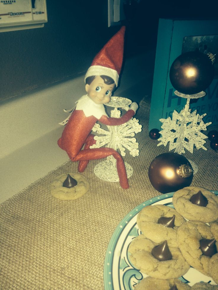 413 best images about elf on the shelf on pinterest for Elf on the shelf pooping on cookies