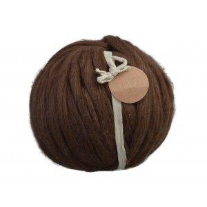 Knitting Noodles Ovilla Lana Kæmpe Garn Mørkebrun er tykt, lækkert merino uld fra det spanske firma Knitting Noodles.Knitting Noodles Ovilla Lana.. fra Diverse