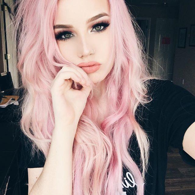 NECESSITO dessa cor de cabelo