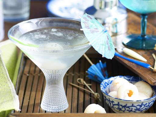 Lychee Martinis With Liqueur, Vodka, Lychees, Coconut Water, Ice Cubes