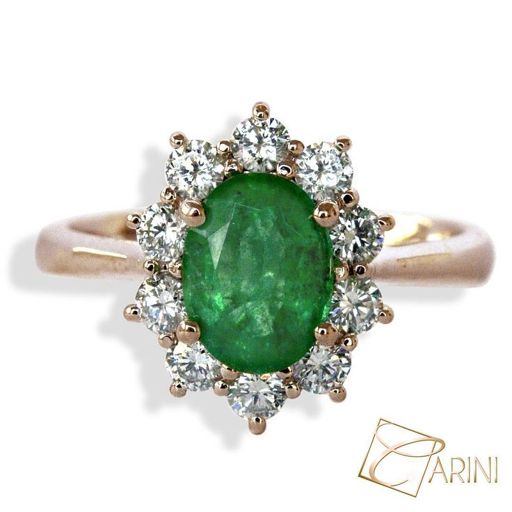 We all need someone special that makes smile your heart.. Emerald ct 1.15 Diamonds ct 0.55 #carinigioielli #jewelry #italy #madeinitaly #gems #diamonds #emerald #queen #rings #promisering #couplegoals #engaged #weddingseason #weddinginspiration #instawed #inlove #luxury #luxurylife #style #uniquejewelry #moda #womensfashion #girls #anniversary #instadaily #instagram #instafollow #inselly