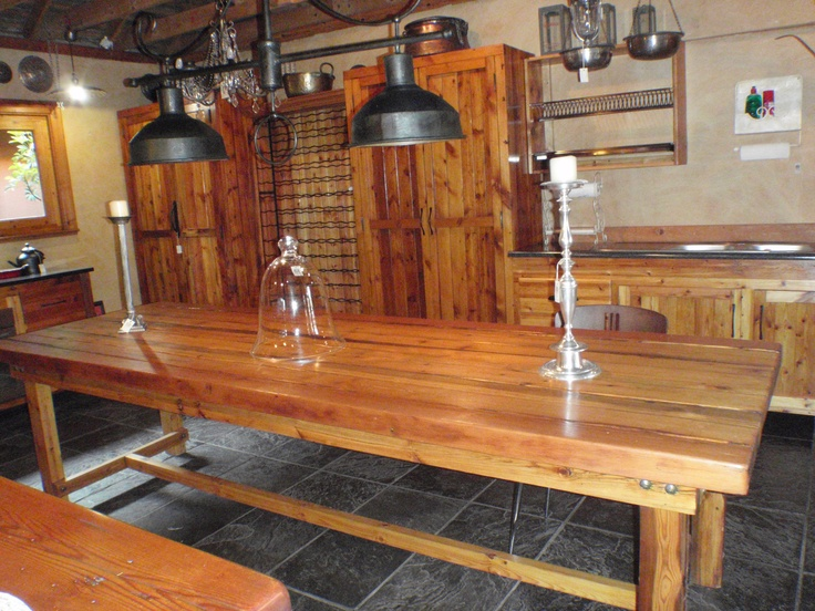 Natural colour Oregon Pine Table.