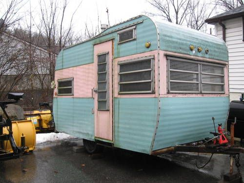Vintage Travel Trailers For Sale | oooh look at this awesome vintage trailer i found it for sale about 4 ...