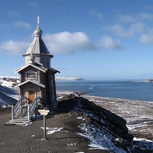 Iglesia Rusa Ortodoxa, Isla Rey Jorge, Antártica, XII Región de Magallanes y Antártica Chilena - Photo by chilediscovery