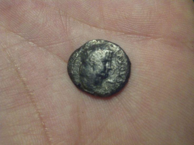 Nero Denar 18mm Bronze NOT CLEANING