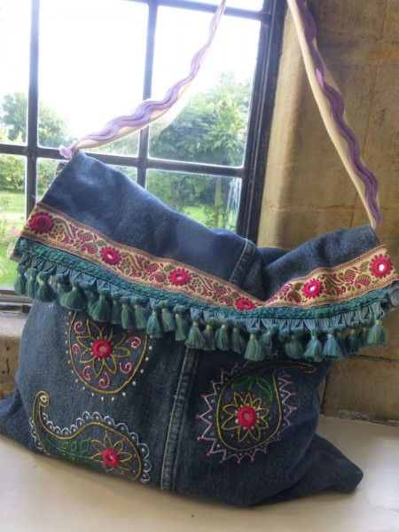 Bolsa jeans  com bordados. Beautiful!